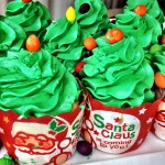 Christmas Tree Cupcakes at Gaylord Palms Christmas in July