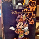 2012 Halloween Pin - Trick or Treat Minnie