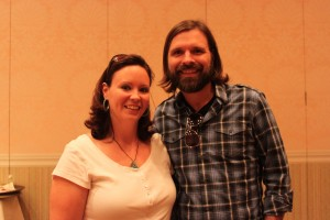 Shalon meeting Mac Powell from Third Day!