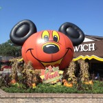 TrenD Report - Large Mickey Pumpkin at DTD in front of Earl of Sandwich