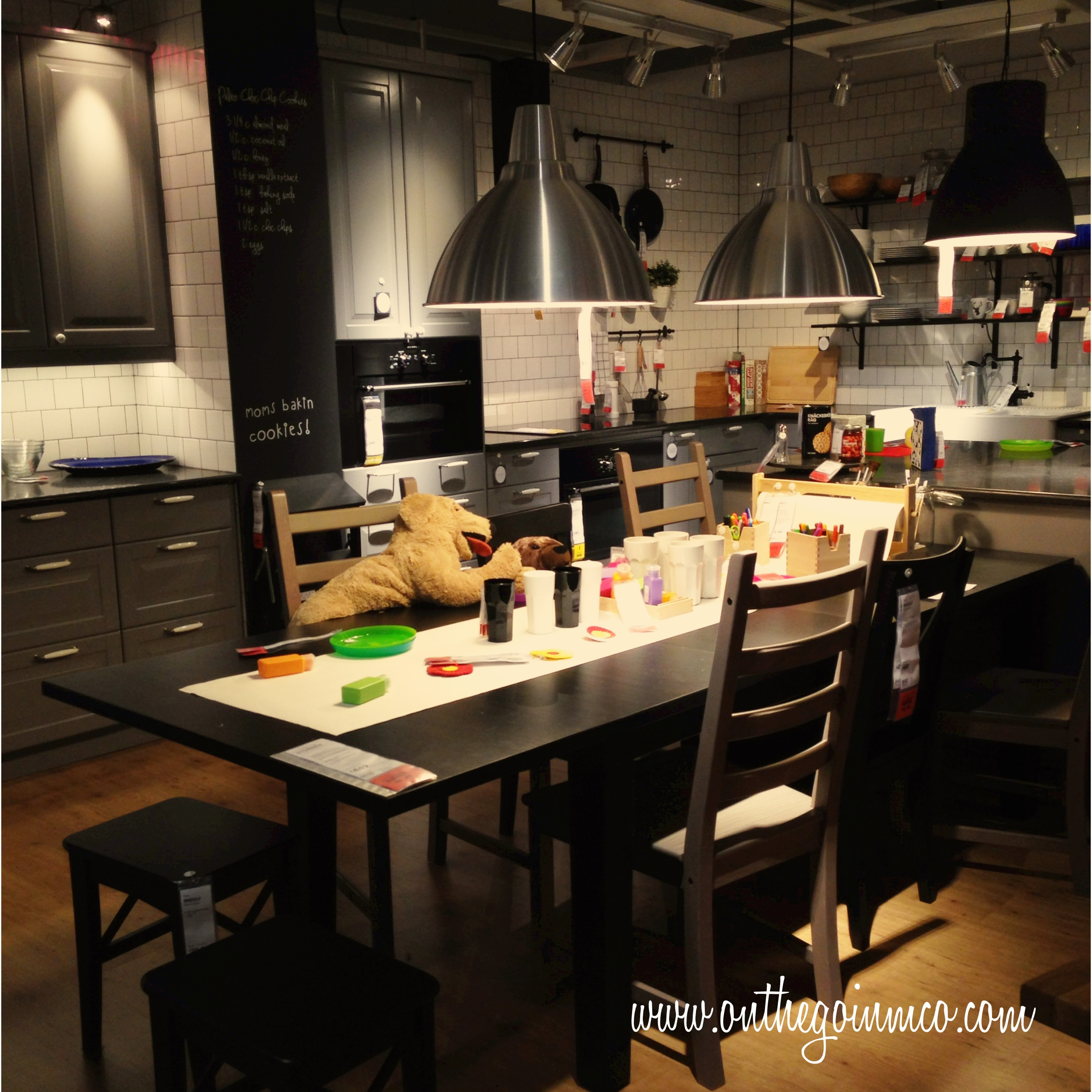 Nice IKEA Orlando Large Family Showroom Scenario