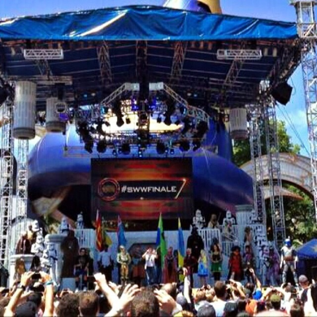 Star Wars Weekends Stage