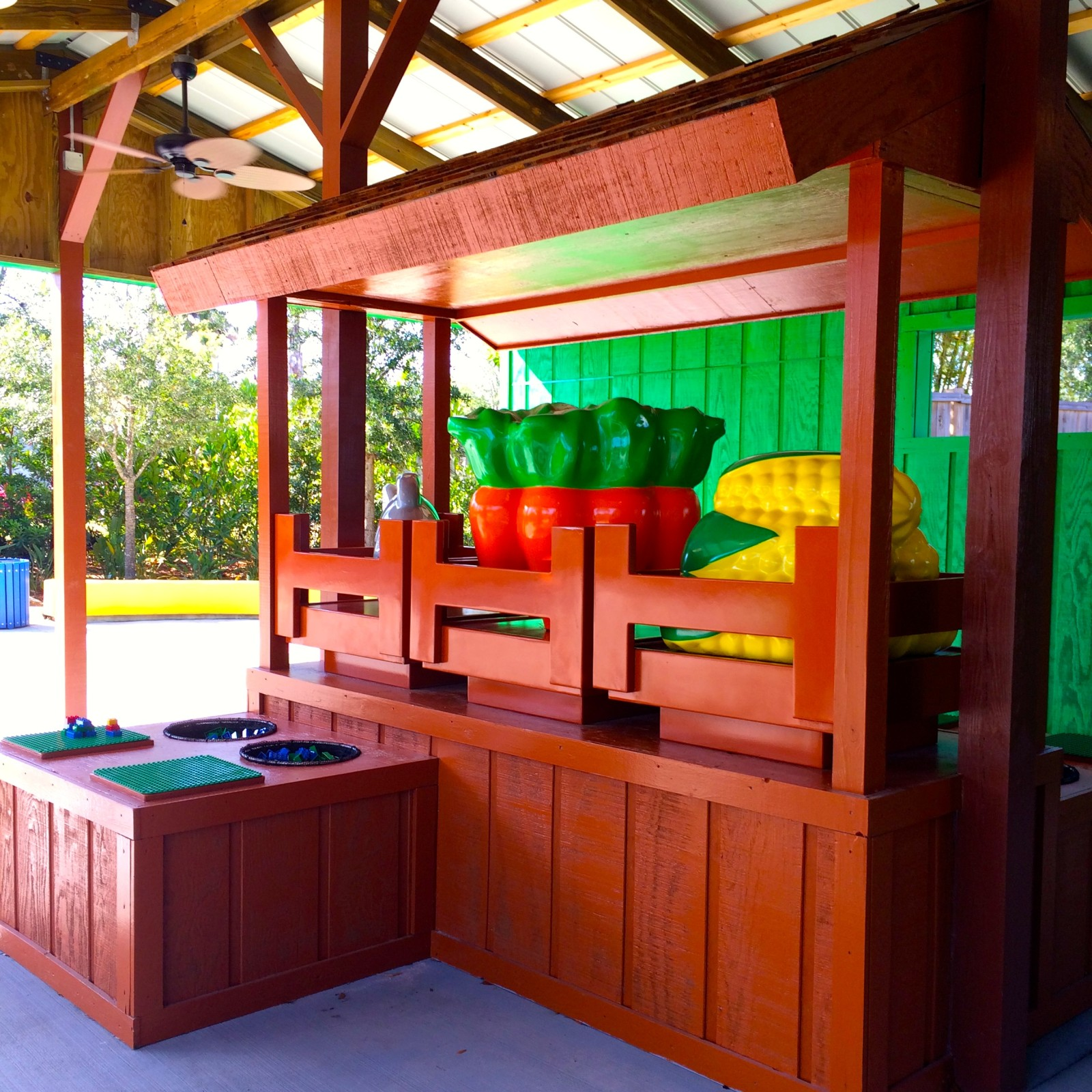 DUPLO VALLEY Snack Bar Play Area