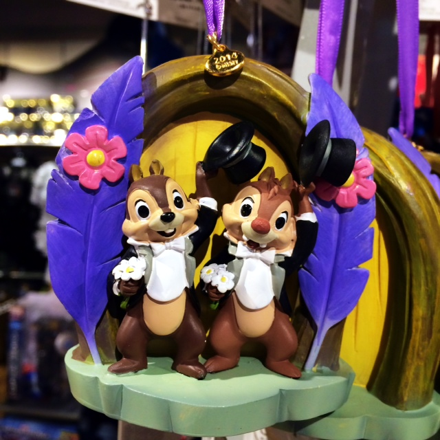 Disney Store Sketchbook Ornaments Chip and Dale
