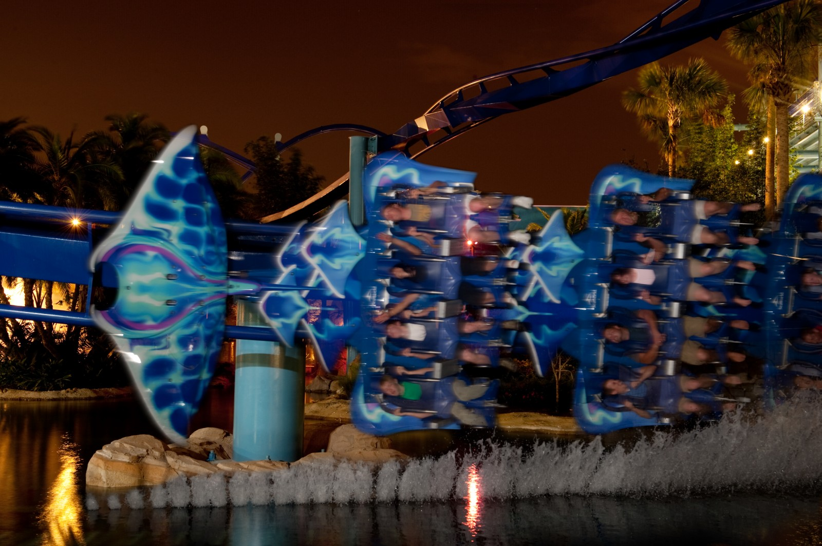 SeaWorld Orlando Summer Nights Manta at Night
