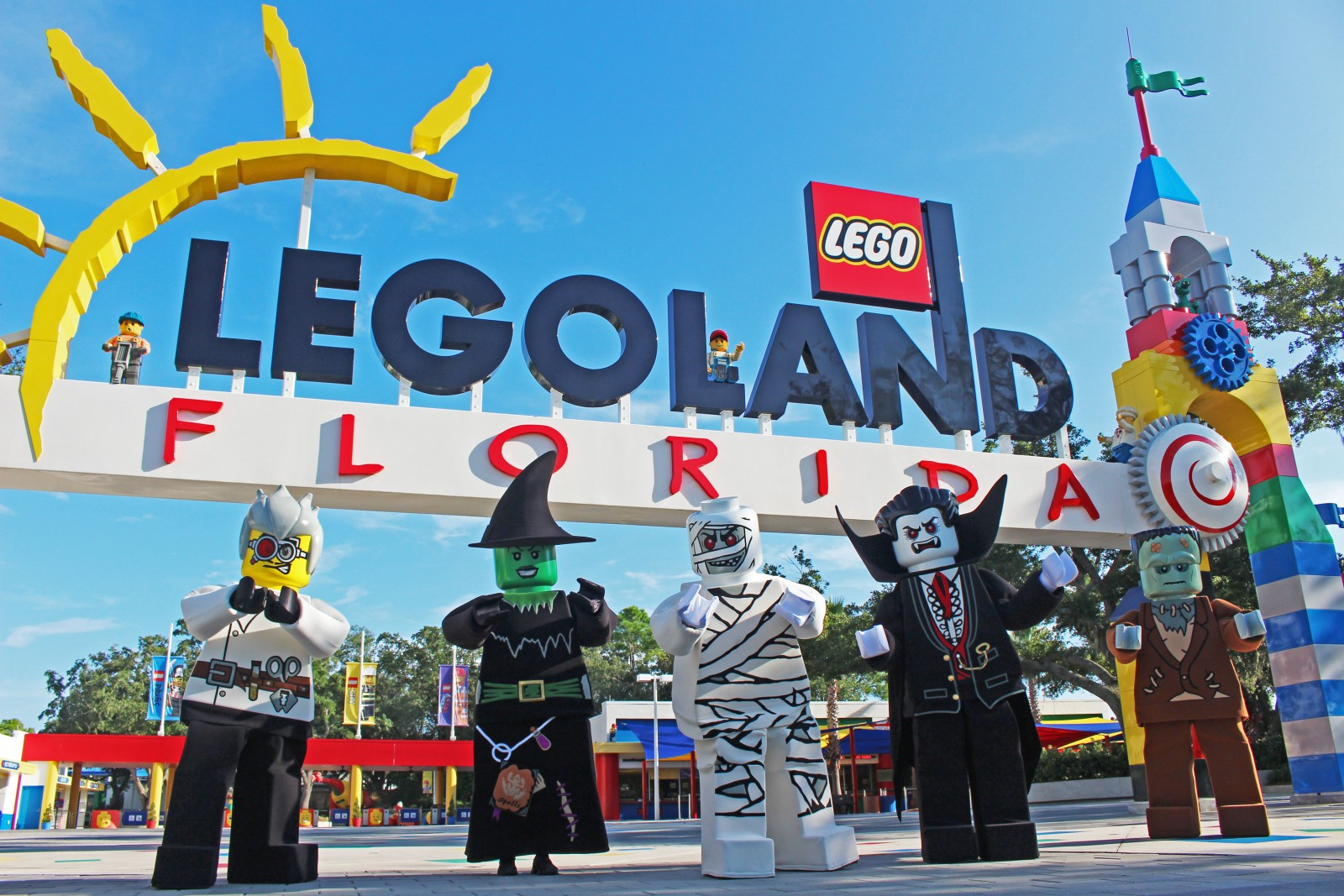 2015 Brick or Treat LEGOLAND Florida theme parks