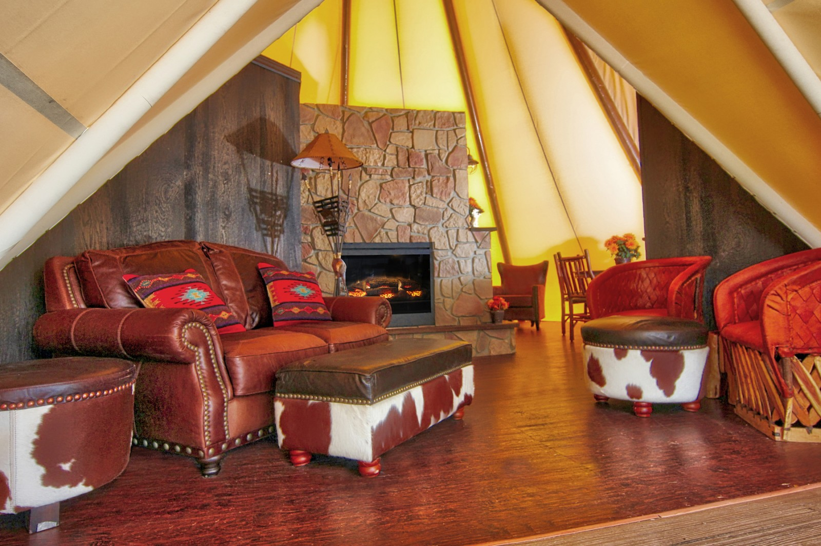 Westgate River Ranch Luxe Teepee