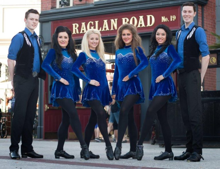 Great Irish Hooley Raglan Road Disney Springs 2016 - Raglan Road Dancers