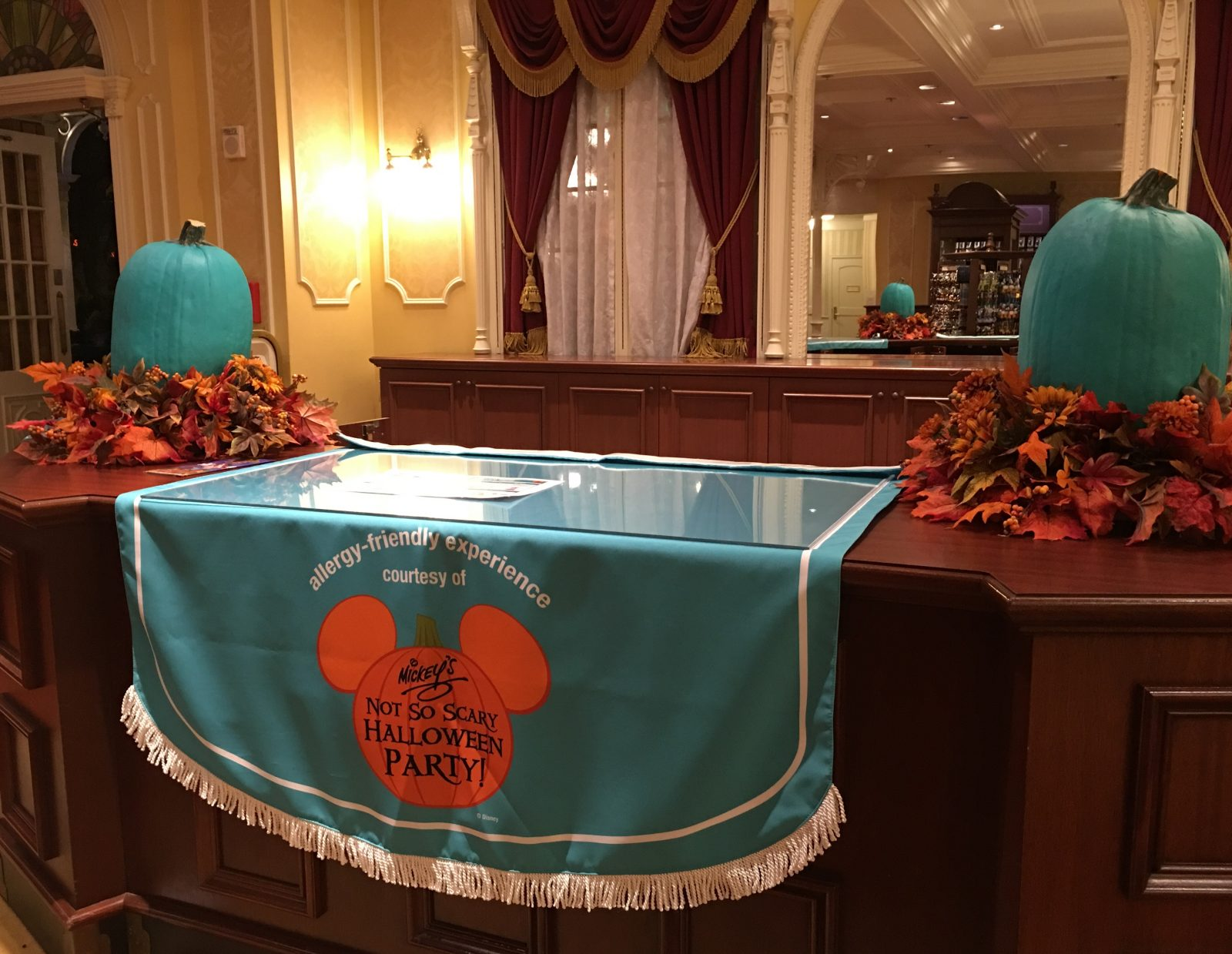 Mickey's Not So Scary Halloween Party 2016 - Allergy Friendly Experience - Town Square Theater Allergy Location
