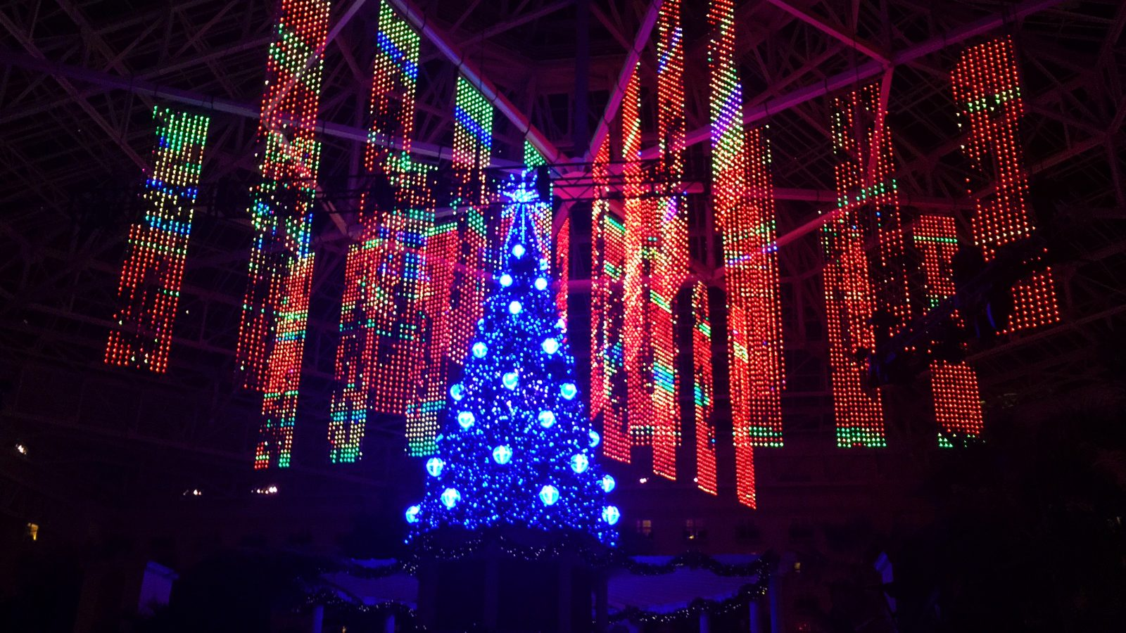 Gaylord Palms ICE 2016 - A Christmas Wish Light Show