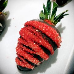 Creating on the Go Chocolate Covered Strawberries