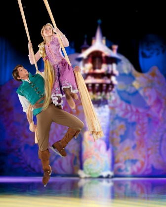 Disney on Ice presents Dare to Dream Rapunzel and Flynn