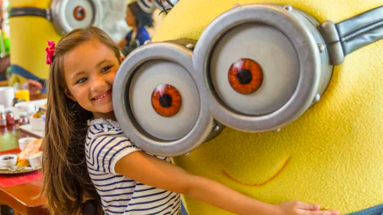 Universal Orlando Despicable Me Character Breakfast Loews Sapphire Falls Resort