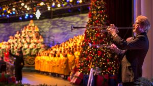 November 2018 Theme Park Events - Candlelight Processional