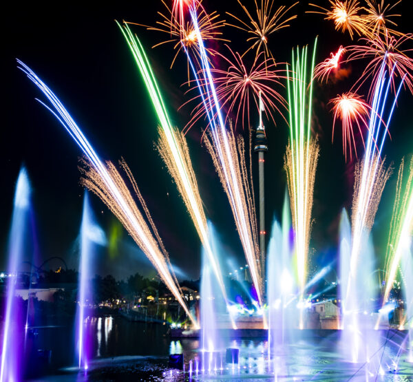 SeaWorld Orlando Electric Ocean 2021 On the Go in the Parks